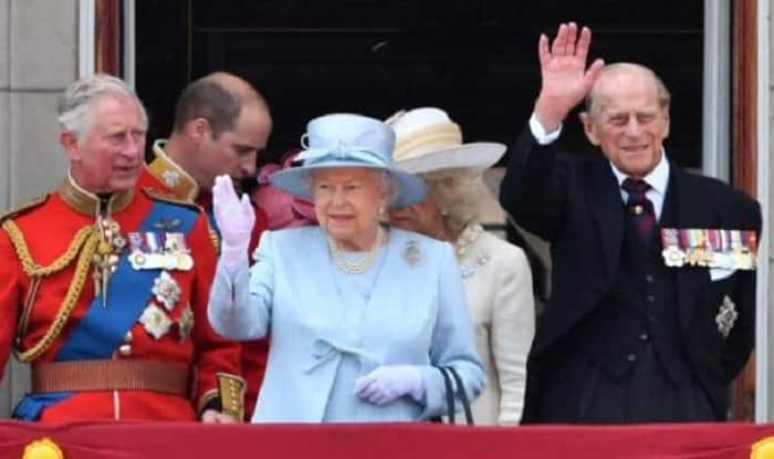 Queen Elizabeth's Husband Prince Philip Surrenders Driving Licence After Accident Injuring Two Women