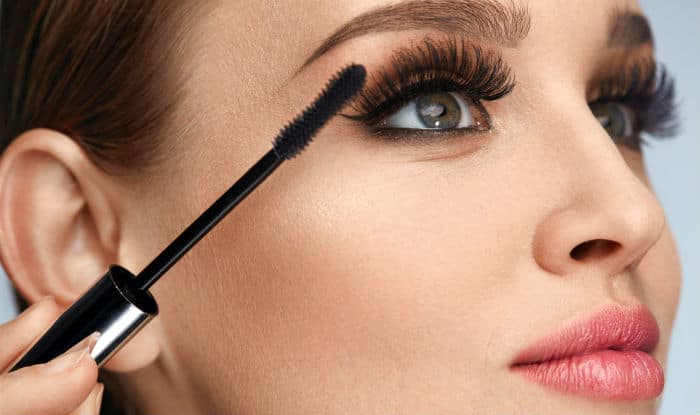How to apply mascara: Step-by-step guide to apply mascara ...