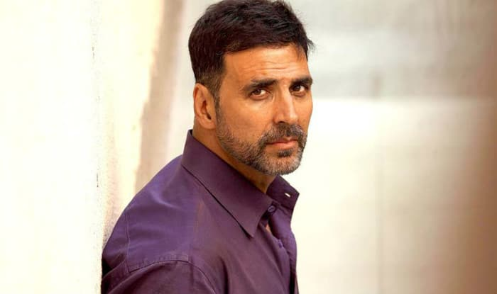 Akshay Kumar Announces Release Date of Gold Trailer With a New Poster