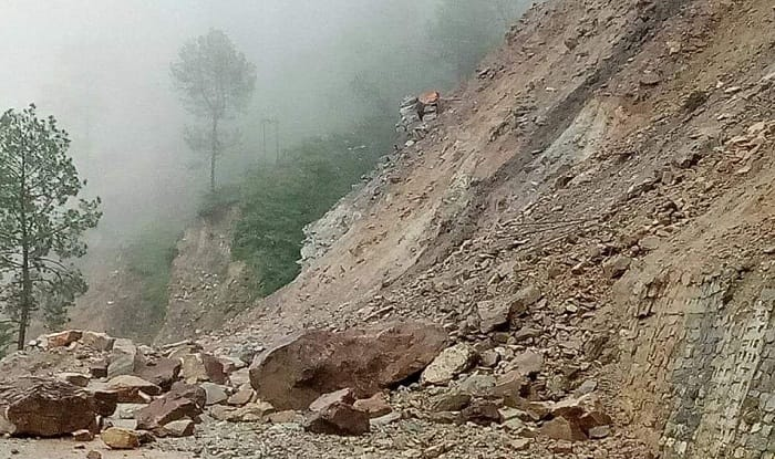 Uttarakhand: Rains Trigger Landslide at Mussoorie's Kempty Fall; no Casualties Reported