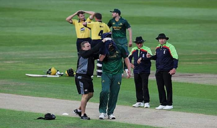 Fast bowler Luke Fletcher Suffers Horror Head Injury During NatWest T20 in England, Watch Video