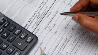 Income Tax Returns: File Your Income Tax Returns for 2016-17 in 4 Simple Steps