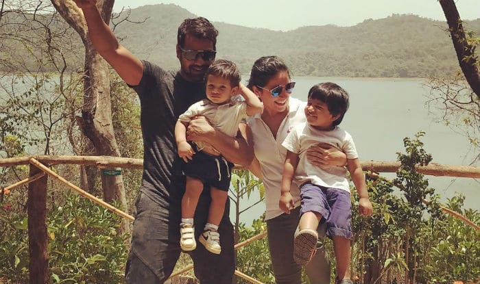 Kumkum Bhagya Actor Shabbir Ahluwalia's Instagram Pics Prove He Is Every Bit of A Family Man!