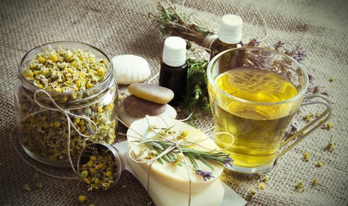 Beauty Benefits of Tea: Top 5 Home Remedies Using Tea for