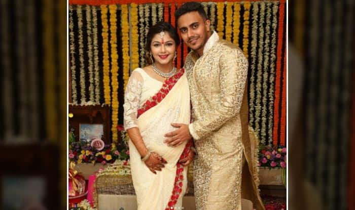 Diya Aur Baati Hum Actress Pooja Sharma And Husband Pushkar Pandit Are Blessed With A Baby Girl