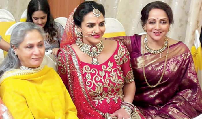 Esha Deol's Godh-Bharai: When Jaya Bachchan Asked Panditji To Focus On Puja And Not Clicking Selfie
