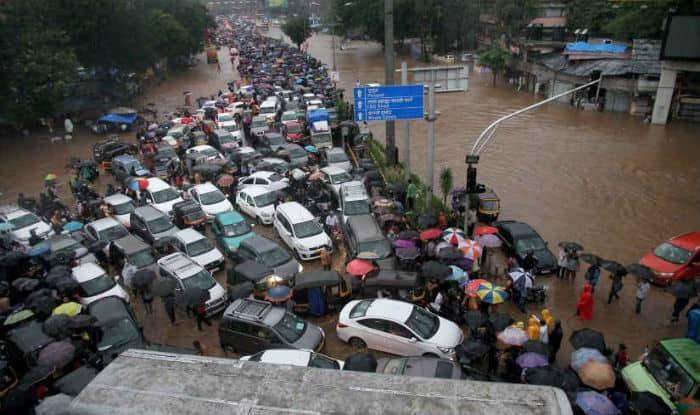 Mumbai-rains-PTI (1)