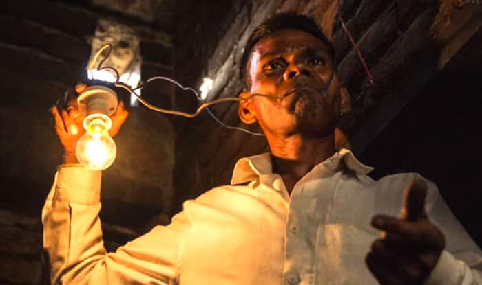 This Uttar Pradesh Man Eats Electricity When He is Hungry, Says Live Wires Do Not Electrocute Him