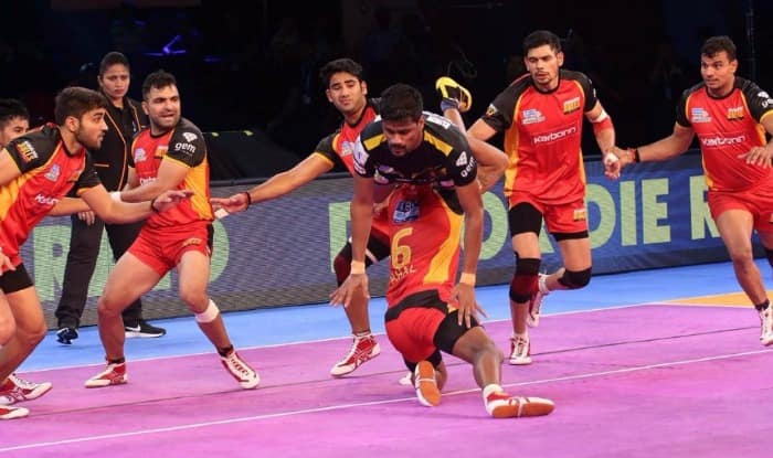 Bengaluru players in action. (Pro Kabaddi League)