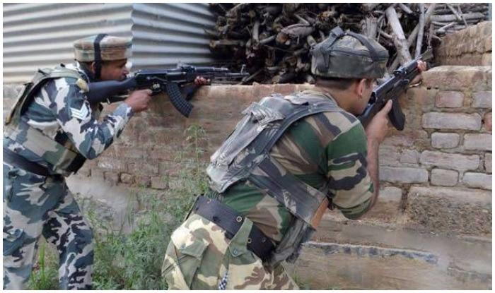 Four terrorist including Jaish commander dead in encounter | जम्मू-कश्मीर में सुरक्षा बलों के साथ मुठभेड़ में जैश के कमांडर सहित चार आतंकी ढेर, सेना का जवान शहीद