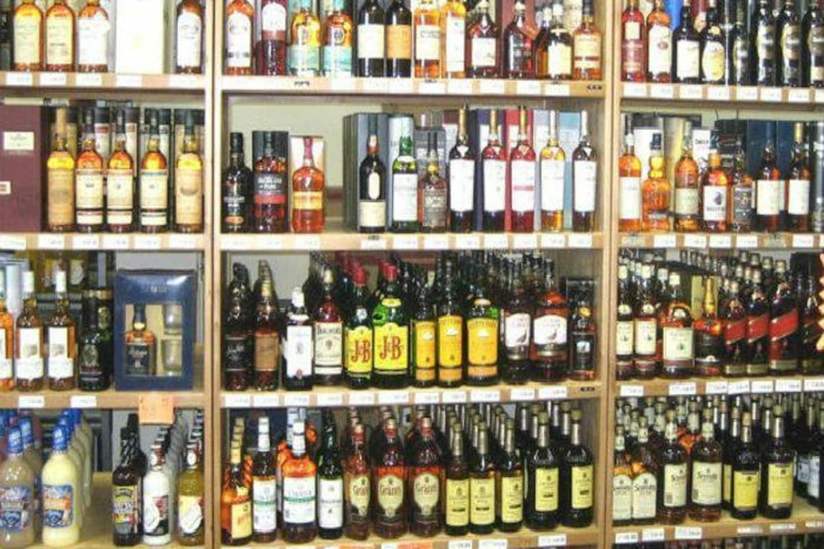 Private Liquor Shops in Delhi Likely to Reopen From Friday on Odd ...