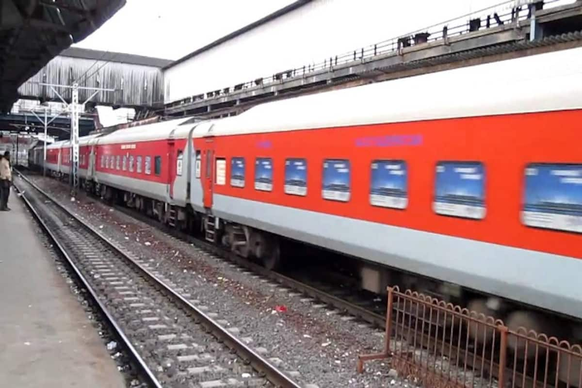 Pay Extra For Meals In Rajdhani Express Here S The New Rate Chart India Com