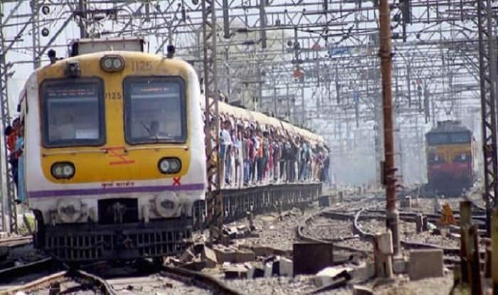 Mumbai Railway Mega Block: Train Services on Central, Harbour Line to be Affected Today