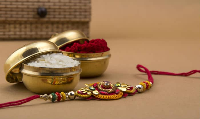Rakhi 2018: Confused on What to Get Your Siblings? Pamper Them With These Budget – Friendly Gifts