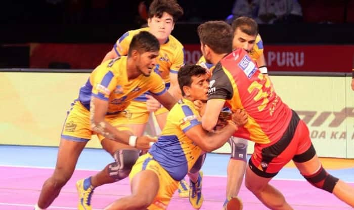 Tamil Thalaivas players in action. (Pro Kabaddi League)