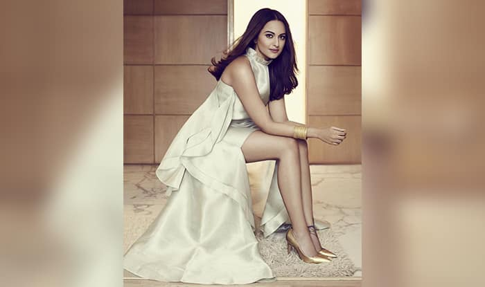 Did Sonakshi Sinha Just Reject A Film With Akshay Kumar For A Project With Salman Khan?