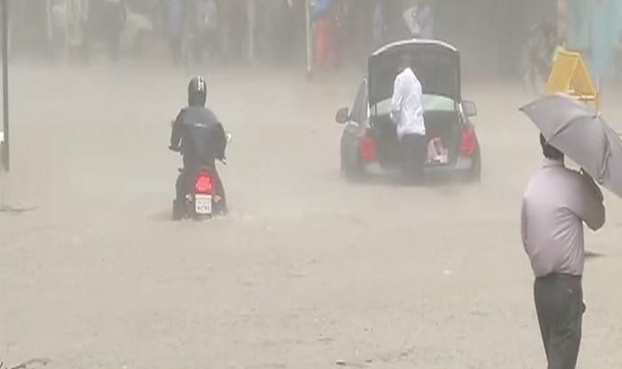 Mumbai Rains: Police Alerts Mumbaikars About Traffic Jams; Here Are The Roads to Avoid