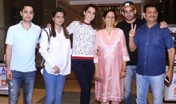 Kangana Ranaut Celebrates Simran's Success With Family Over A Dinner Outing-View Pics