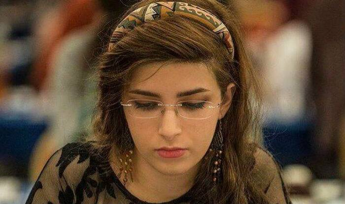 Iranian chess champion to play for US after ban for not