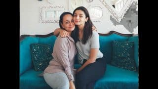 Alia Bhatt's Recent Picture With Her Mother is Pure Mother-Daughter Goals