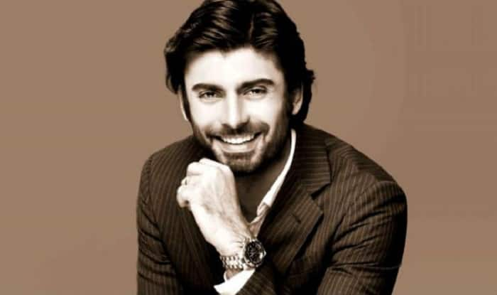 Did You Know That Fawad Khan Was Very Close To Signing A Hollywood Film Before Becoming A Famous TV Star In Pakistan?
