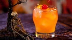 Halloween 2017 Recipes: Easy-To-Make Cocktail Recipes To Celebrate Halloween At Home With Friends