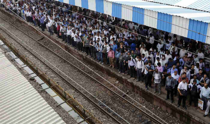 Mumbai: Central Line Trains Running 30-35 Minutes Late Due to Smog
