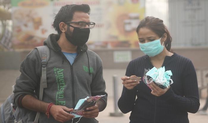 air pollution delhi ncr now out of emergency situation | दिल्ली-NCR 'इमरजेंसी' से बाहर, पहले से कम हुआ प्रदूषण का स्तर