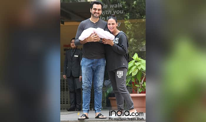 Esha Deol Gives A Glimpse Of Her Daughter Radhya As She Turns A Month Old – View Pic