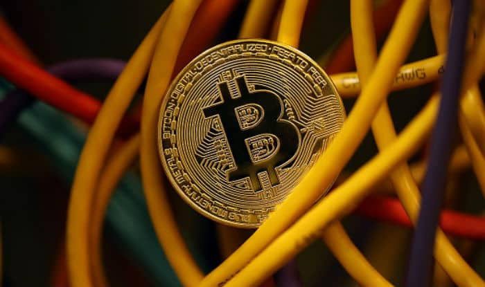 Crypto Currency Exchanges Find New Way to Buy or Sell Bitcoin in Rupees After RBI's Banking Ban; Know How