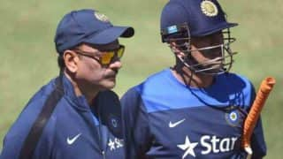 Ravi Shastri Hints at MS Dhoni's Return During IPL 2020, Calls Former India Skipper a Legend of The Game