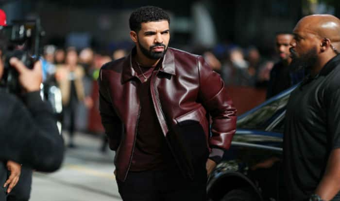 Canadian Rapper Drake Stops Concert Midway to Admonish a Creepy Fan Groping Women