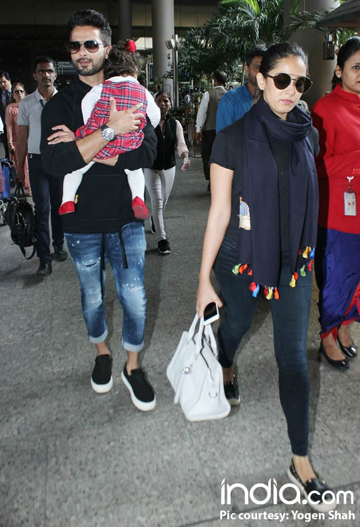 Shahid Kapoor, wife Mira and daughter Misha leave the city