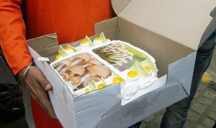 BJP Celebrates Its Win in Gujarat Elections With Mushroom Cake, Takes Jibe at Alpesh Thakor's Statement Regarding PM Modi