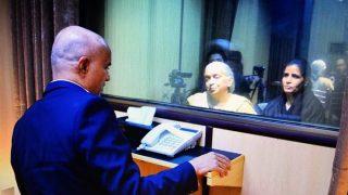Pakistan said it is not the last meeting of Kulbhushan Jadhav and his kin | पाकिस्तान ने कहा यह जाधव और परिजनों की अंतिम मुलाकात नहीं