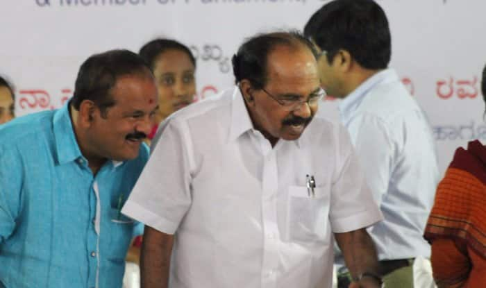 Rafale Deal: Congress' Veerappa Moily Attacks IAF Chief, Says 'He's Lying, Suppressing Truth'