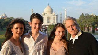 Michael Douglas And Catherine Zeta Jones Are in India Visiting The Taj Mahal (Pictures)