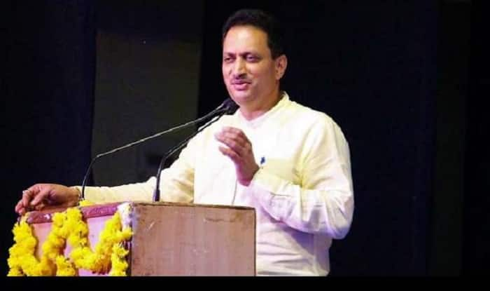 Anant Hegde Raises Question on Rahul Gandhi's Religion, Asks How Did Person Born to Muslim Father And Christian Mother Become Hindu