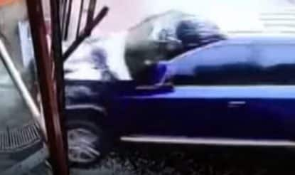 Hyderabad: Three Killed, Two Others Injured as SUV Rams Into Car Near Shamirpet