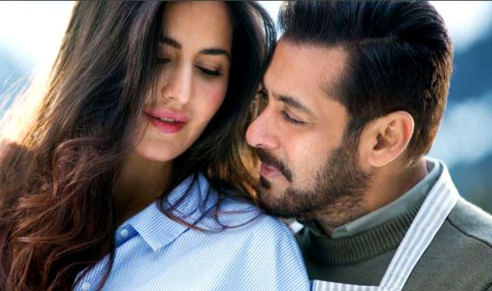 Salman Khan Moon-Walks A La Micheal Jackson To Impress Katrina Kaif While Shooting For Tiger Zinda Hai Song Dil Diyan Gallan (VIDEO)