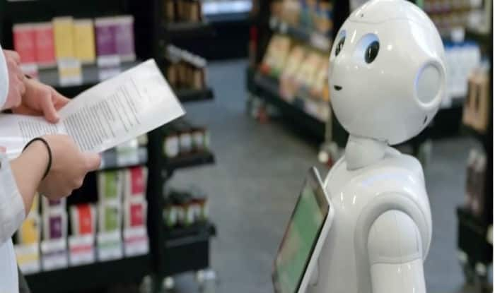 Scottish Supermarket's ShopBot, Fabio, Sacked After He Confused and Scared Human Customers