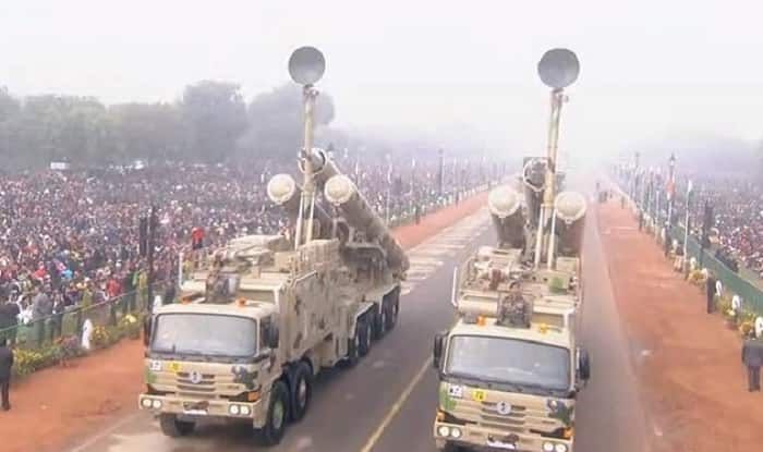 Republic Day 2018: India Showcases Military Might With Brahmos, T-90 Tanks, Rudra Helicopters at Rajpath