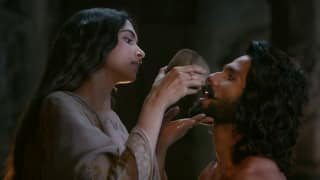 Padmaavat Dialogue Promo 2: Shahid Kapoor – Deepika Padukone Give A Deeper Look Into Their Love Story – Watch Video