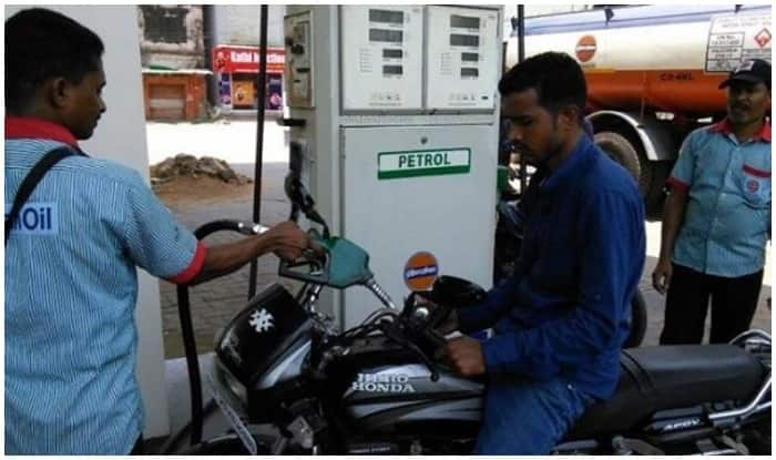 Petrol and Diesel Prices to go Down Further; Petrol at Rs 75.55 in Delhi and at Rs 83.12 in Mumbai on June 26