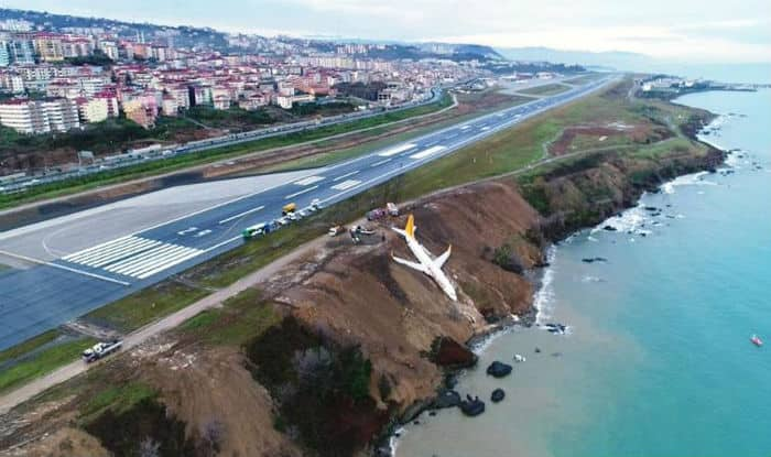 Passenger Plane Skids Off Runway While Landing In Turkey; Gets Stuck On a Cliff Edge; View Pics
