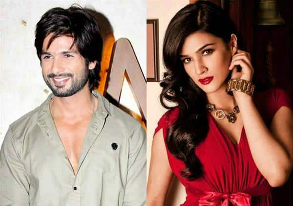 Twitter Has A Field Day Seeing Shahid Kapoor And Kriti Sanon Bag The Nothing To Hide Award