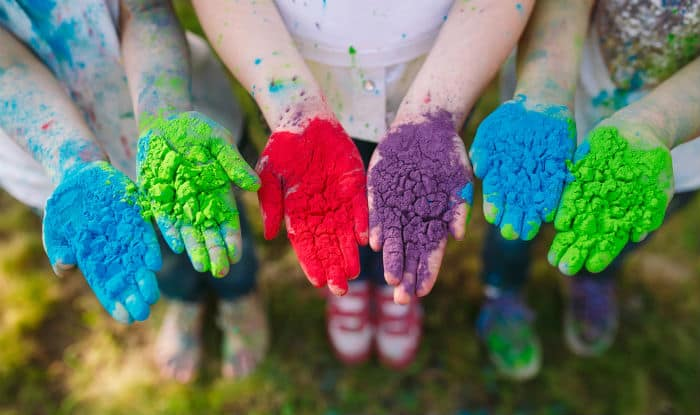 Natural Colors for Holi: 5 Natural, Skin-Friendly Colors You Can Make At Home For Holi