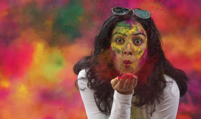 Holi 2018 Skincare: 5 Tips to Protect Your Skin from Harmful Colors This Holi