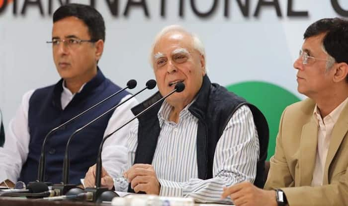 Congress Leader Kapil Sibal Takes Jibe at PM Modi, Says so-called Kamdar Destroyed India's Economy