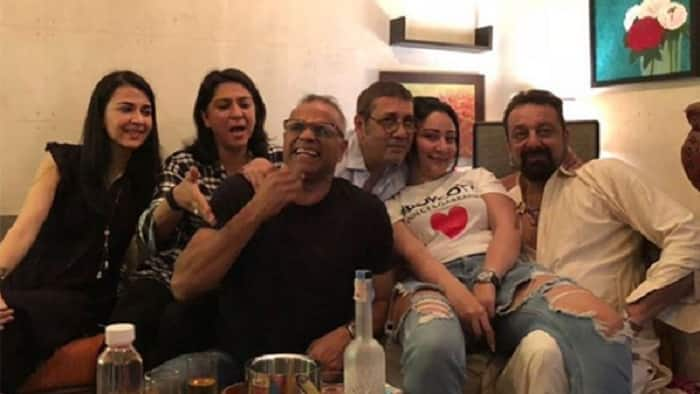 Sanjay Dutt And Maanayata Dutt Celebrate A Decade Of Their Marriage With Family, But We're Missing Trishala